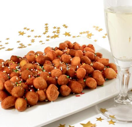 Struffoli (Strufoli) - A typical italian dessert