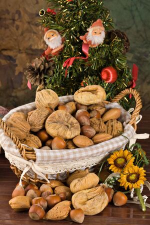 christmas eve: Nuts and dried figs