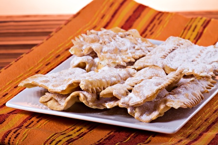sugar veil: Chiacchiere - Traditional italian carnival pastry