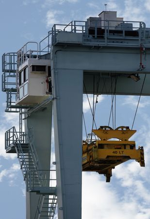 boat lift: Crane to lift cargo containers off ships Stock Photo