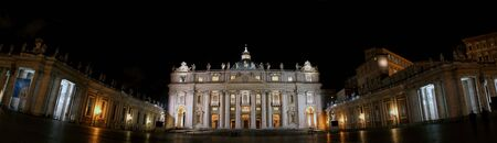 st  peter's square: Night-shot panorama of St. Peters Basilica, the colonnade and St. Peters square