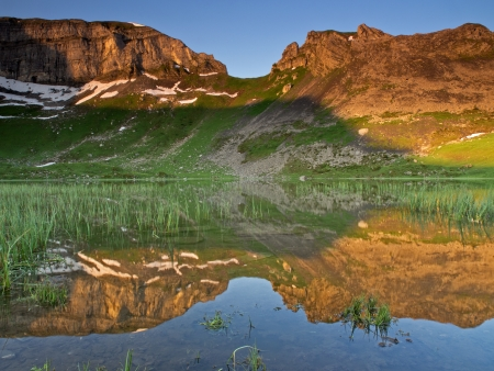 the mountain range: Mountain range reflection at sunrise