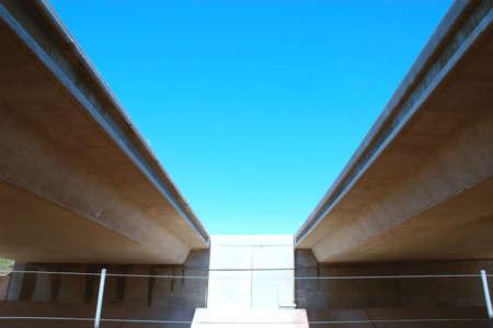 schlagbaum: Zwei Overpasses  Lizenzfreie Bilder