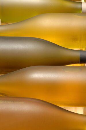 5 ボトルとワインの木枠