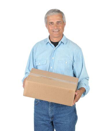 deliveryman: Smiling Deliveryman con pacchi isolati su bianco