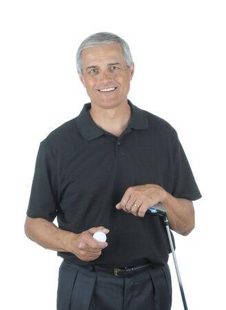 ゴルフ クラブとボールを白で隔離された中年の人