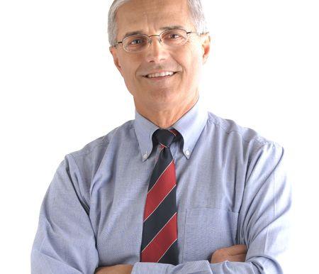 真ん中の肖像歳の彼の腕を組んで立っているビジネスマン。正方形のフォーマットは、白い背景で隔離されました。