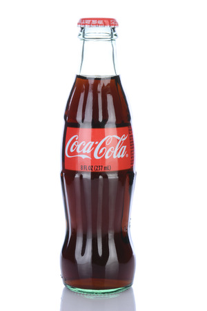 IRVINE, CA - January 29, 2014: An 8 ounce bottle of Coca-Cola Classic. Coca-Cola is the one of the worlds favorite carbonated beverages. Redactioneel