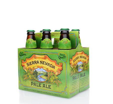 6 pack beer: IRVINE, CA - MAY 25, 2014: A 34 view of a 6 pack of Sierra Nevada Pale Ale. Sierra Nevada Brewing Co. was established in 1980 by homebrewers in Chico, California,