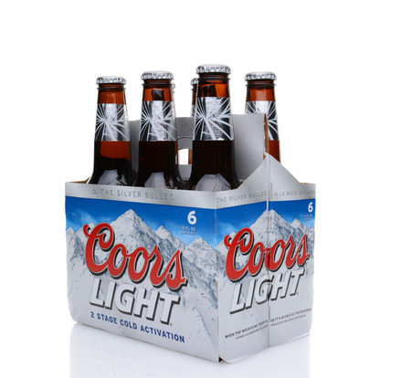 6 pack: IRVINE, CA - MAY 25, 2014: A 6 pack of Coors Light Beer, 34 view. Coors operates a brewery in Golden, Colorado, that is the largest single brewery facility in the world.