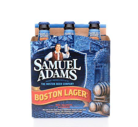 6 pack beer: IRVINE, CA - MAY 25, 2014: A 6 pack of Samuel Adams Boston Lager. Brewed by the Boston Beer Company which is one of the largest American-owned beermakers.
