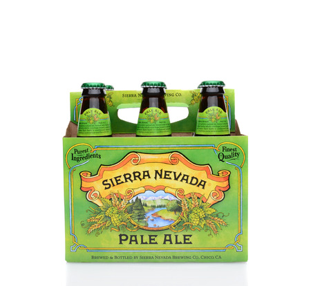 6 pack beer: IRVINE, CA - MAY 25, 2014: A 6 pack of Sierra Nevada Pale Ale. Sierra Nevada Brewing Co. was established in 1980 by homebrewers in Chico, California,  Editorial