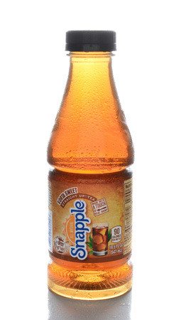 plano: IRVINE, CA - FEBRUARY 7, 2015: A bottle of Snapple Straight Up Tea. Snapple is owned by Dr Pepper Snapple Group and based in Plano, Texas.