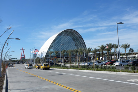 ANAHEIM, CA - FEBRUARY 11, 2015: Anaheim Regional Transportation Intermodal Center. The terminal serves Amtrak and Metrolink rail lines, and a terminal for Megabus, OCTA and Anaheim Resort Transit. Редакционное