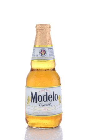 especial: IRVINE, CA - JUNE 14, 2015: A single bottle of Modelo Especial. First brewed in 1925 it is the #2 imported beer in the United States, selling over 22 million cases a year. Editorial