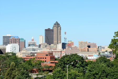 iowa: DES MOINES, IOWA - AUGUST 20, 2015: Des Moines Skyline. Des Moines is the capitol of Iowa and the states most populous city. Editorial