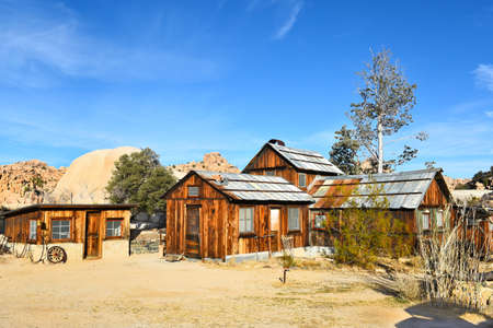 joshua tree national park: JOSHUA TREE, CALIFORNIA - JANUARY 1, 2016: Keys Ranch house and store in Joshua Tree National Park. Built by homesteader Bill Keys. Editorial