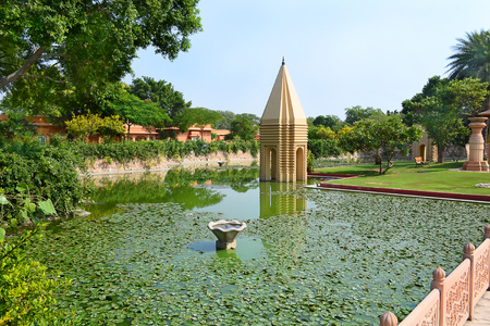 JAIPUR, INDIA - NOVEMBER 2, 2015: Temple Garden at the Oberoi Rajvilas. The gardens and temple are over 280 years old. Redakční