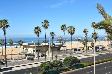 huntington beach: HUNTINGTON BEACH, CA - MARCH 25, 2015: Huntington Beach pier and coastline seen from the Pacific City Development.