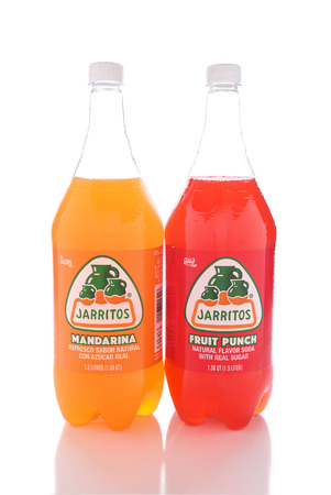 mandarina: IRVINE, CALIFORNIA - JANUARY 13, 2017: Jarritos Fruit Punch and Mandarina drinks. Jarritos is made in fruit flavors and is more carbonated than popular soft drinks made in the USA.