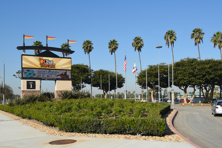COSTA MESA, CA - DEC 1, 2017: OC Fair and Event Center main gate. The site hosts over 150 events attracting 4.3 million visitors annually. 에디토리얼