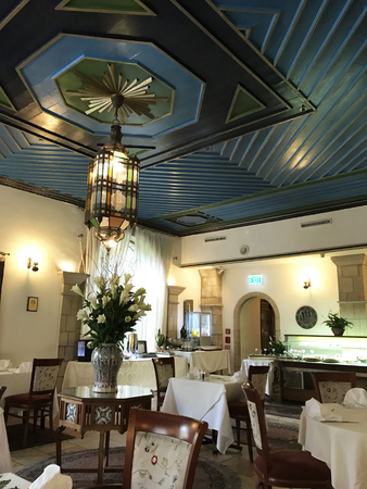 JERUSALEM, MAY 9, 2018: The Arabesque Dining Room at the American Colony Hotel. The historic building previously housed the utopian American-Swedish community known as the American Colony. Sajtókép