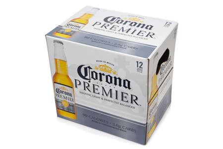 IRVINE, CALIFORNIA - 10 MAR 2020: A 12 pack of Corona Premier bottles, Corona Premier is premium light beer with 2.6 grams of carbs and 90 calories. Redactioneel