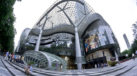 Singapore, Orchard Road - June 6 2011 - Ion Mall Shooping Centre in the heart of Orchard Road Singapore Publikacyjne