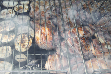 Barbeque Fried On The Bonfire And Coals Banque d'images