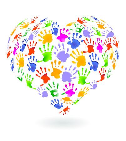 corazon en la mano: Signo de impresiones de manos de ni�os