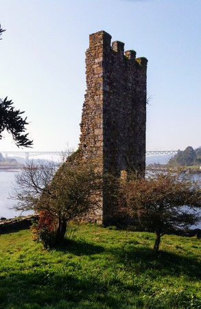 incursion: The Towers of the West are the defenses that had ordered to build after repelling to Viking attack, Bishop Cresconio in Catoira, Galicia, to protect Compostela of an incursion from the Atlantic Stock Photo