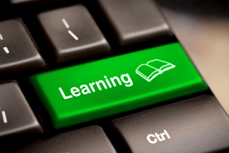 tanulás: Számítógép billentyűzet e-Learning Concept