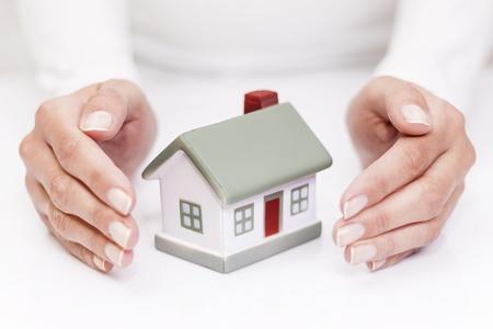 védelme: Védje ház elszigetelt, fehér Stock fotó