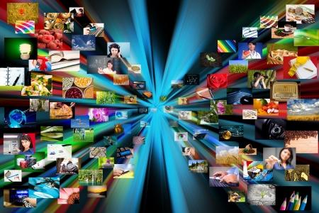 Una variedad de fotos se proyectan fuera de un fondo negro se utiliza para una galería de fotografías de Internet o concepto películas digitales