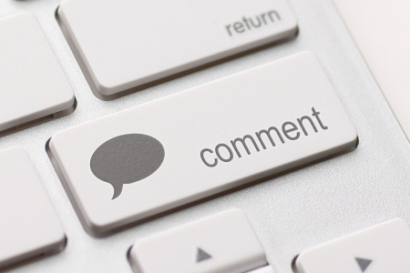 comment enter key and speech bubble icon. Stock Photo - 19875304