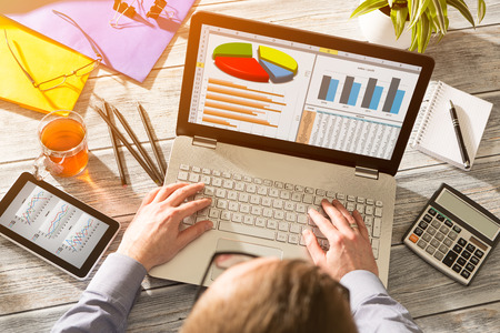 Wykres marketingu cyfrowego Analiza Finance Concept - Image Zdjęcie Seryjne