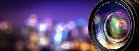 Objektiv fotoaparátu s čočkou odrazy. Reklamní fotografie
