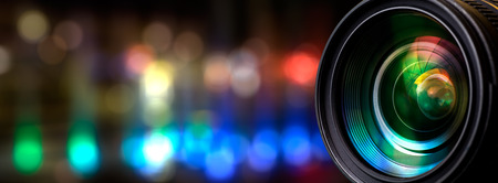 Lentille de l'appareil photo avec des reflets de Lense. Banque d'images - 57169675