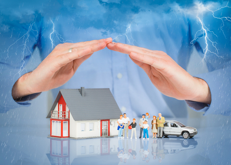 Insurance Home House Live Car Protection Protect People Concepts Foto de archivo