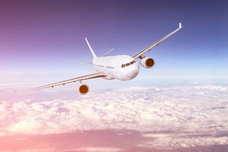 航空機: 飛行機航空機輸送飛行機輸送旅行旅行フライト フライ空気平面ジェット旅行ビジネス天国空港コンセプト - ストック イメージ