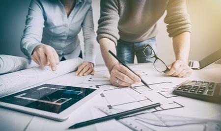 인테리어 디자이너 계획 건축 드로잉 건축가 사업 계획의 건축 스케치 개념 집 그림 창의적인 개념 - 재고 이미지