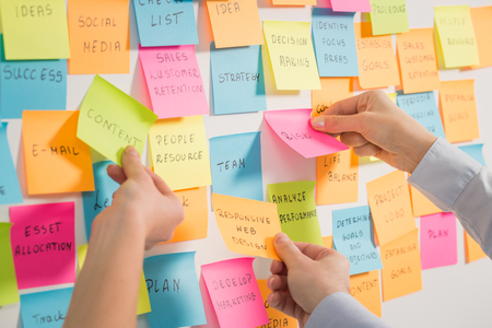 brainstorming brainstorm strategy workshop business note notes stickyconcept - stock image Banco de Imagens