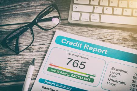 Rapport crédit score bancaire emprunt demande risque forme document prêt marché marché concept - image image Banque d'images - 73651056