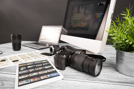 写真写真写真ジャーナリスト カメラ旅行写真デジタル一眼レフ編集編集コンセプト - ストック イメージを照明の趣味 写真素材