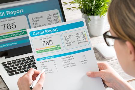rapport credit score bankwezen lenen toepassing risico formulier document lening zakelijke markt concept - stock beeld
