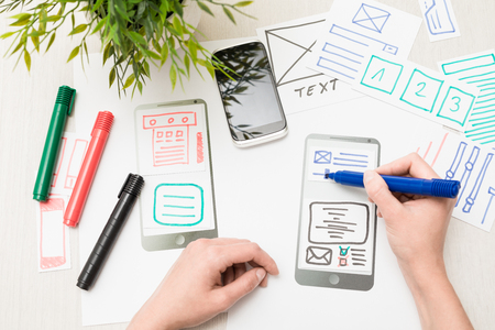 Designer woman drawing website ux app development. User experience concept. Zdjęcie Seryjne