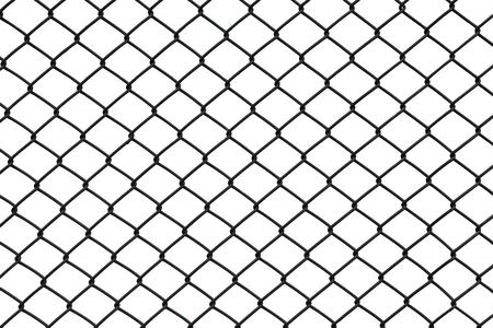 白い背景の分離された黒いチェーン リンク フェンス