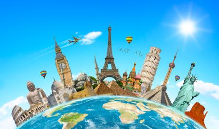 Monumentos famosos del mundo agrupados en el planeta Tierra Foto de archivo - 44832731
