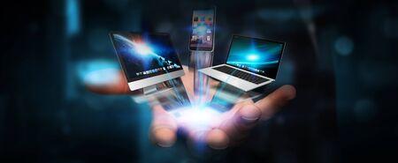 dispositifs et icônes tech Businessman applications connectées entre elles