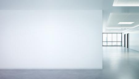 Mur blanc dans une maquette de bureau lumineuse avec de grandes fenêtres et du soleil traversant le rendu 3D Banque d'images